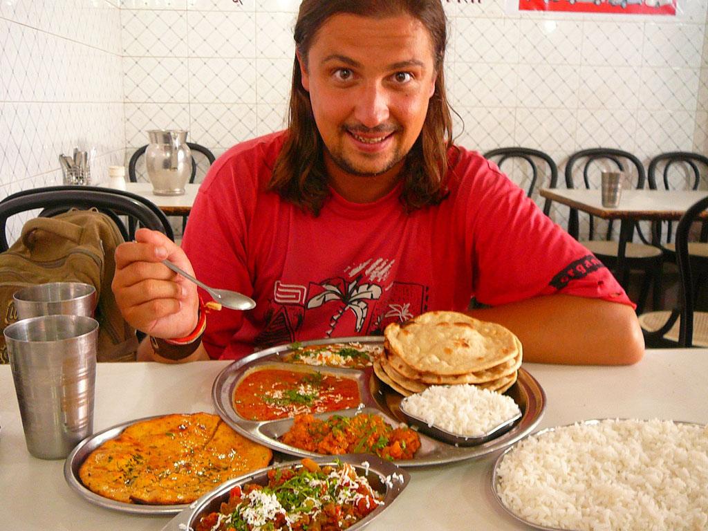 Тхали (Thali) одно из любимейших блюд индусов