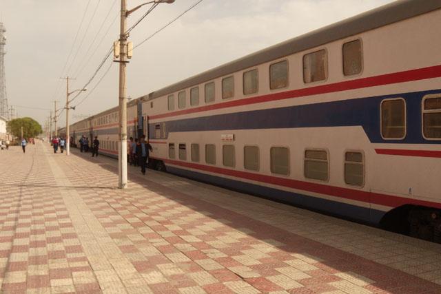 китайскиая ж/д поезд софт-слип