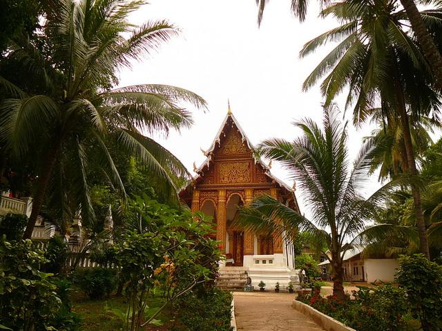 Храмы в ЛунгПрабанге, Лаос