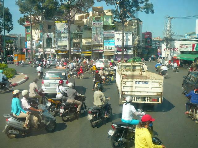 Движение на дорогах в Хошимине