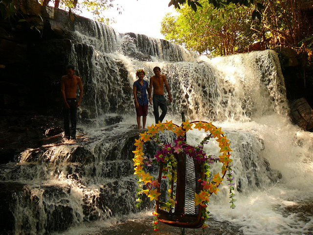 Сиануквиль, водопады