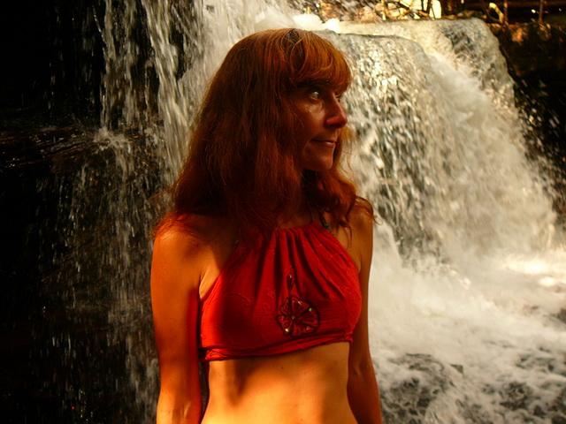 Водопады Kbal Chhay в Сиануквиле