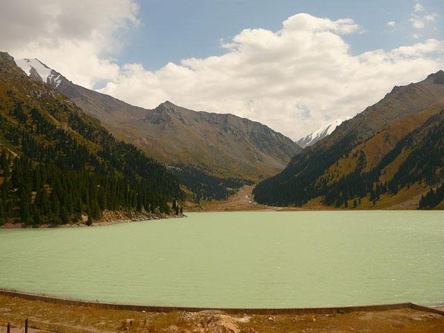 Горное озеро Алматы