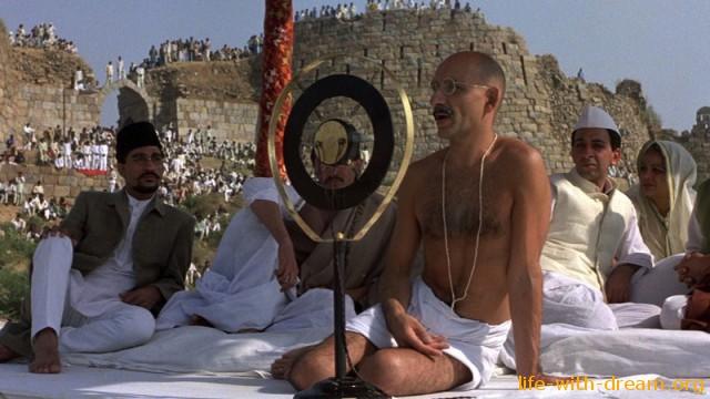 Фильм Ганди