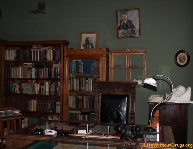 Мемориальная квартира Кржижановского в Москве