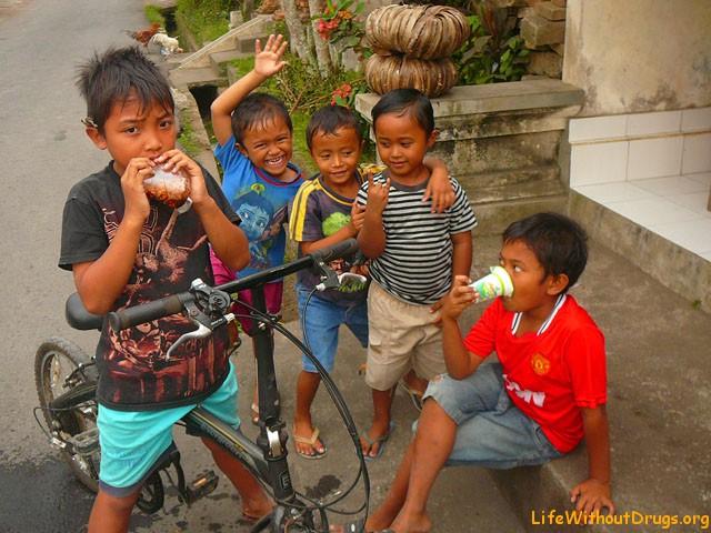 Люди на Бали