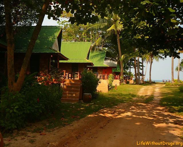 Бюджетные бунгало на острове Ко Ланта