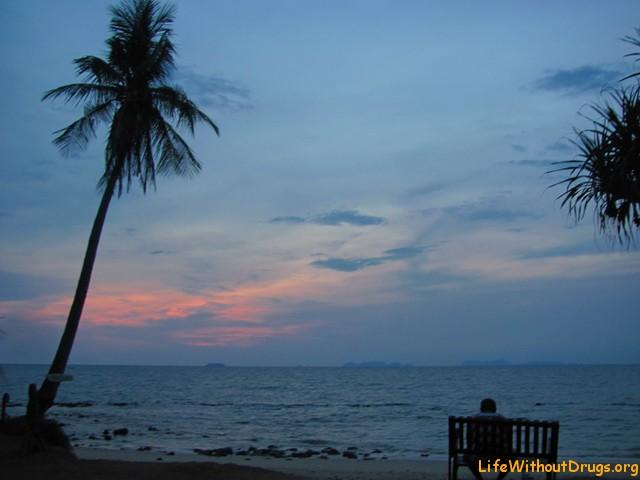 Закат на острове Ко Ланта