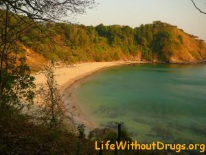 Пляж Нуи Бич  на Ко Ланта