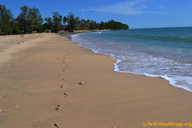 Тихий и спокойный остров Ко Ланта