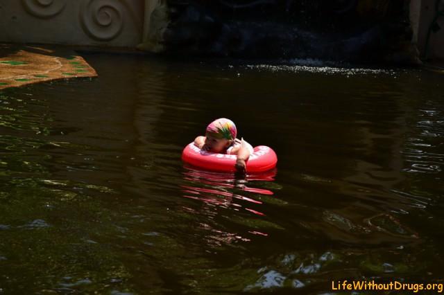 Я плыву, плыву, плыву