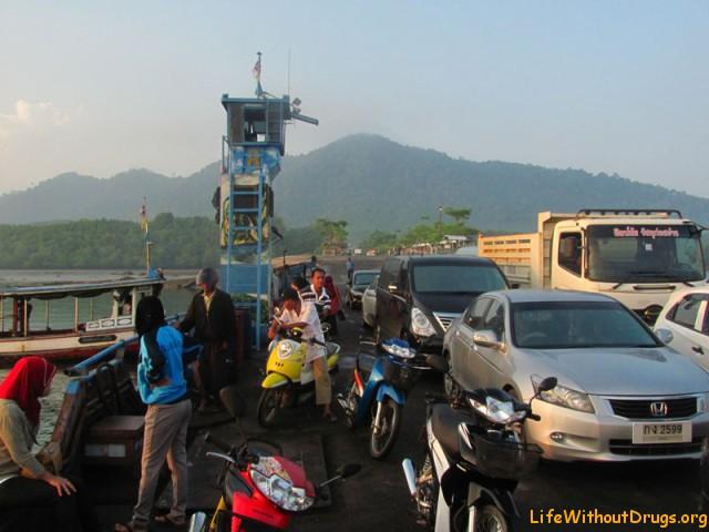 Виза ран из Краби в Малайзию с малышом на автомобиле