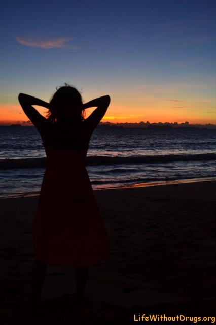 Натуся и закат на острове Ко Ланта