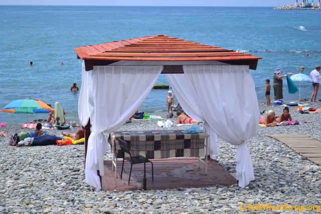 Массаж на пляже в Сочи