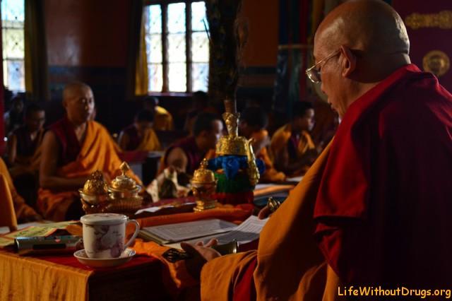 В монастыре Neachung
