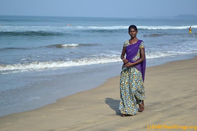 Индианка на море в Гоа