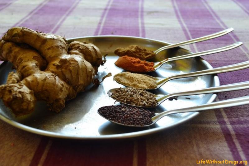 Индийская кухня. Индийские специи фото