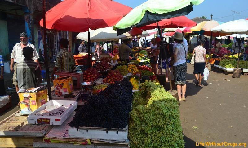 Индийский рынок - фрукты