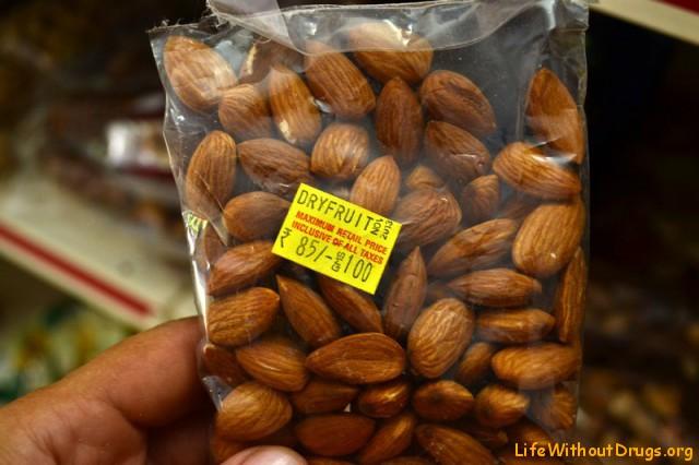 Орехи в магазинах Гоа