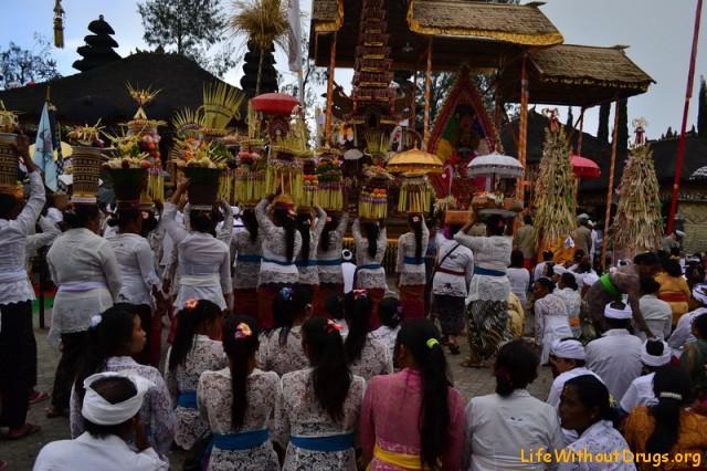 Праздничные церемонии на Бали