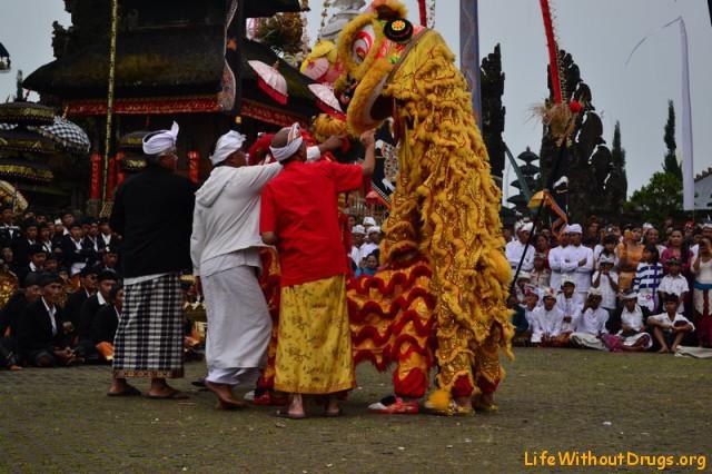 Праздник на Бали фото