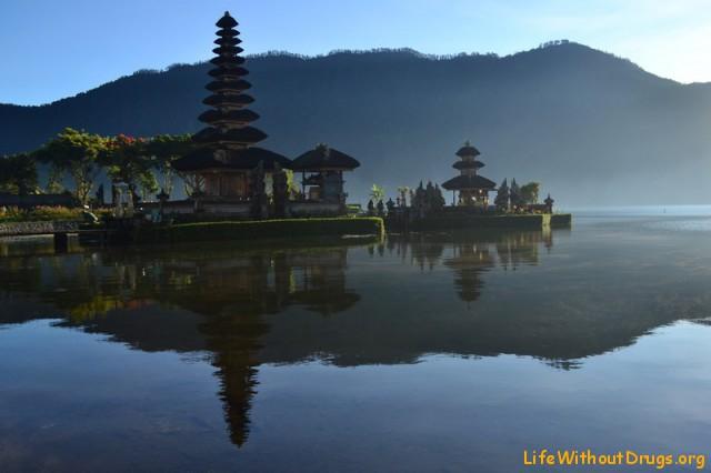 Визитная карточка Бали - храм Улун Дану Братан