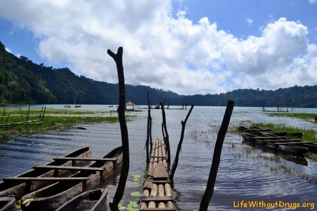 Озеро Тамблинган Бали