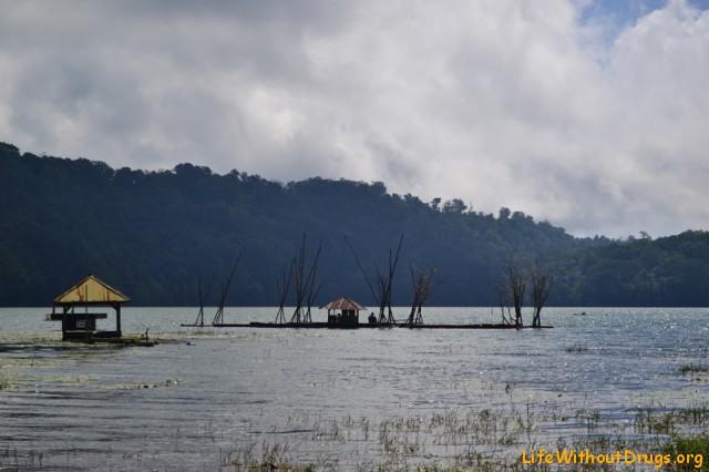 озеро Тамблинган - самое романтичное место в Бедугуле
