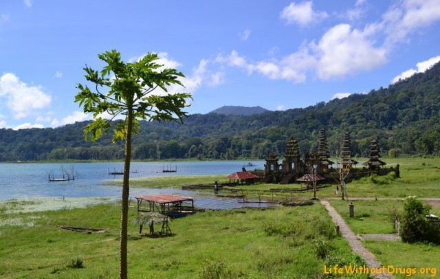 Достопримечательности Бали - озеро Тамблинган Достопримечательности Бали - озеро Тамблинган