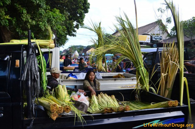 Утренний рынок на Бали фото