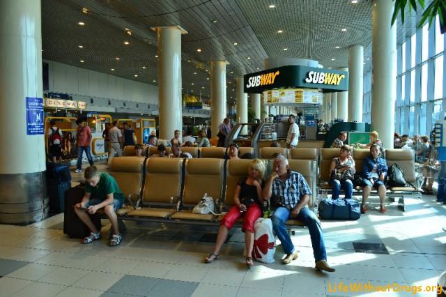 Аэропорт Домодедово - зал ожидания