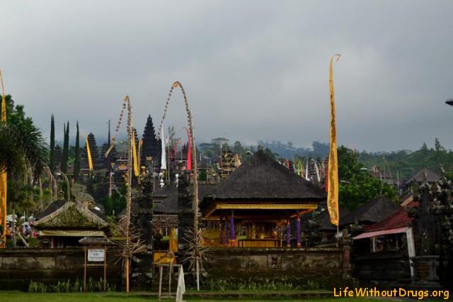 храмы Бали фото - Храм Бесаких в полной красе