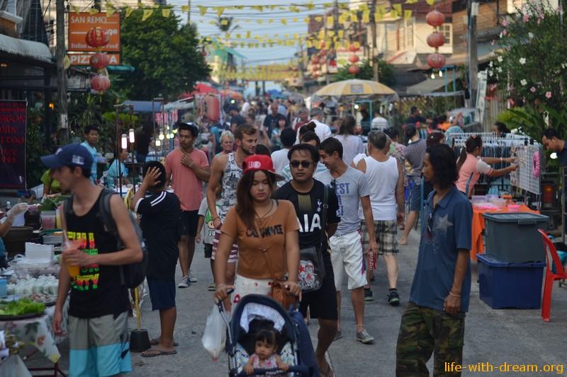 Walking Street или Ночной рынок на Самуи