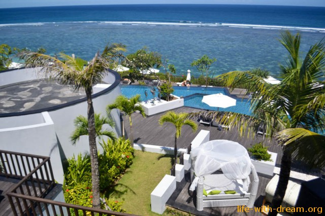 http://life-with-dream.org/wp-content/uploads/2015/04/samabe_hotel_bali-6895-640x426.jpg