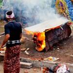 Церемония кремации на Бали, или про то, как грусть соединяется с радостью