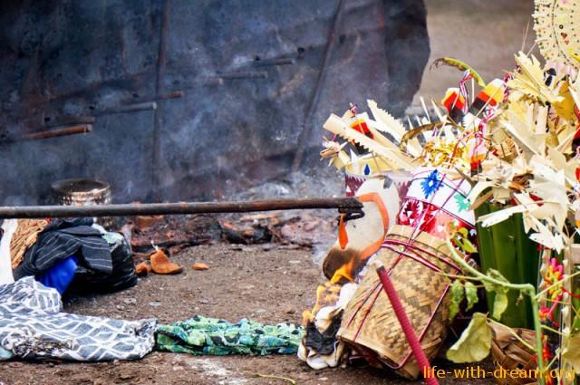 ceremoniya-kremacii-na-bali-28