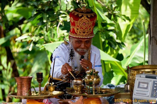 ceremoniya-kremacii-na-bali-47
