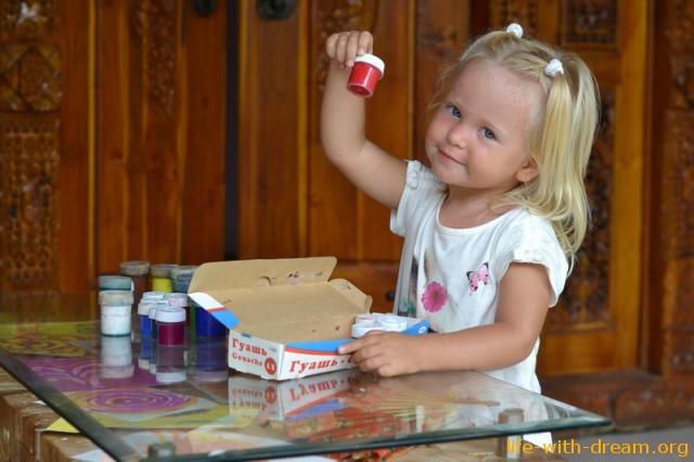 Занятия для детей 2-3 лет, или чем занимаемся мы с Ярославой?
