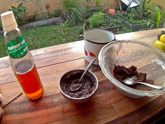 Как приготовить сыроедческий шоколад. Рецепт