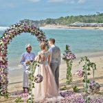 Свадебная церемония на Бали — романтичный подарок для влюбленных