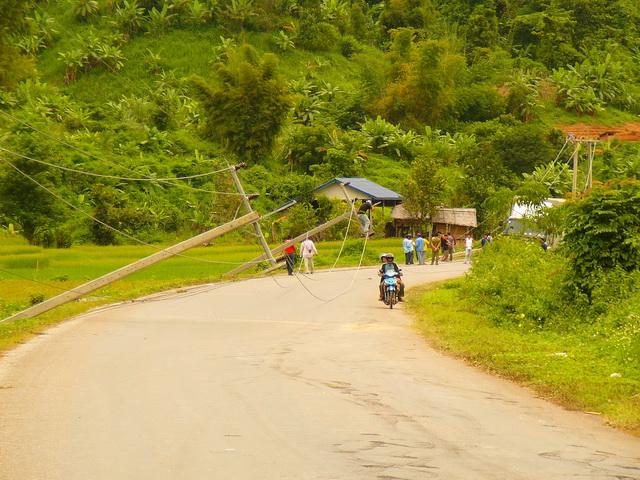 Лаос, едем на автобусе во Вьетнян