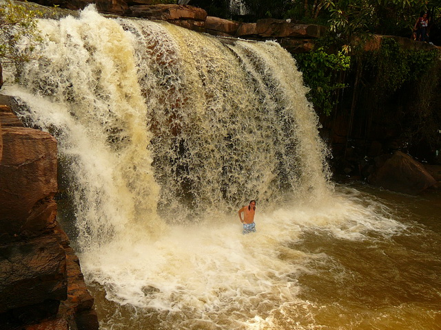 Водопад в Сиануквиле