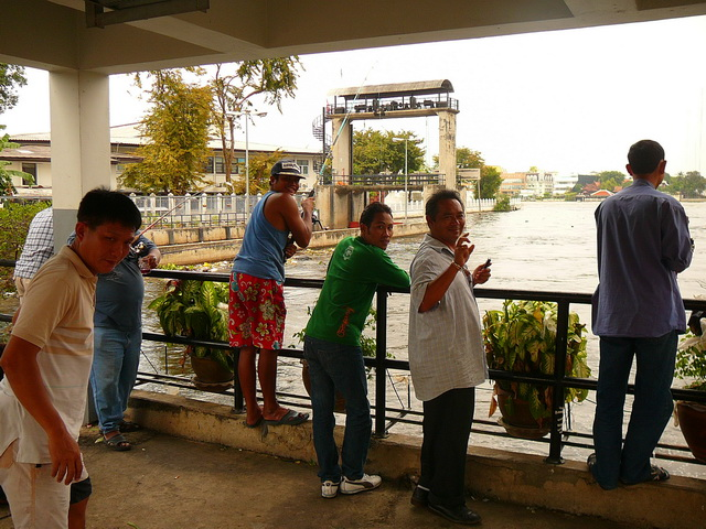 Рыбаки в Бангкоке