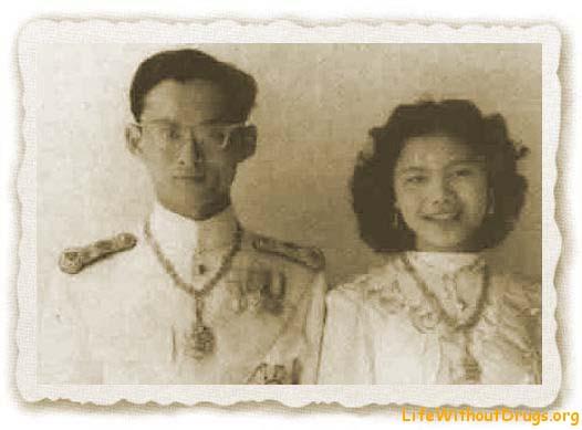 Король Таиланда, история жизни