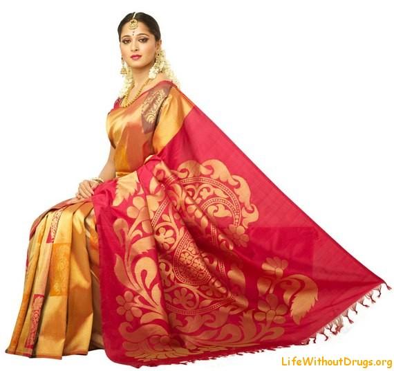 Сари, Традиции и обычаи Индии