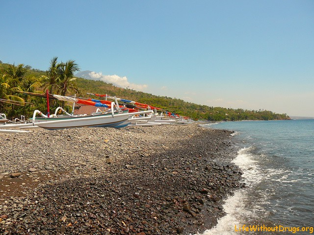 Бали, Индонезия - пляж Амед