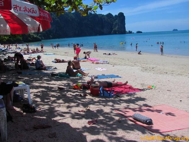 Пляж Ао Нанга днем