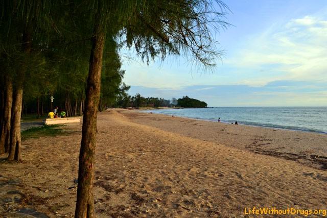 Пляж Лонг Бич на острове Ко Ланта