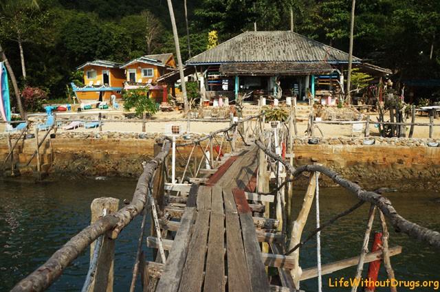 Интересный резорт на самом юге по восточной дороге острова Ко Ланта