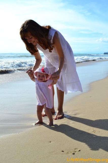 Наташа и Ярослава на пляже, Ко Ланта